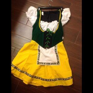 Beer🍻 Maid Octoberfest Women's 12/14 Costume NWOT
